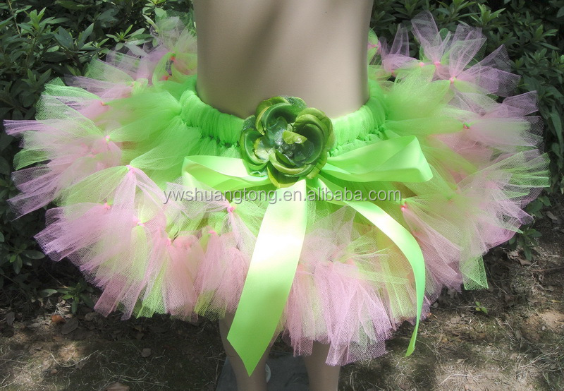 2017 Most popular New coming polyester baby flower knotted tutu dress