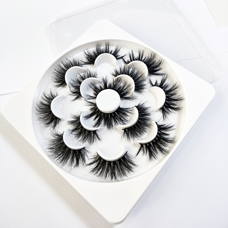 Flower 25mm 3D 5D mink eyelashes custom package with flower lash tray