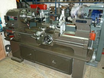 Lathe Machine 6 Feet