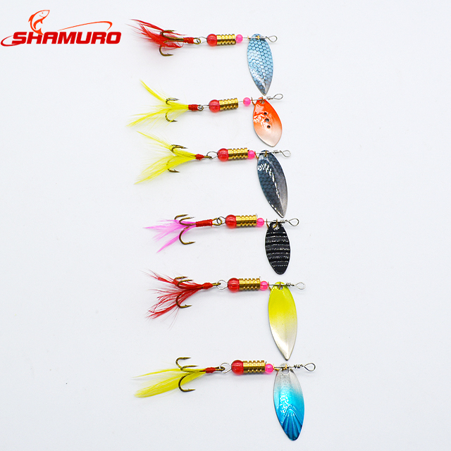 Free Sample 5.4cm 3.5g Spinner Paillette Metal Spoon With Feather Bait Fishing Lure