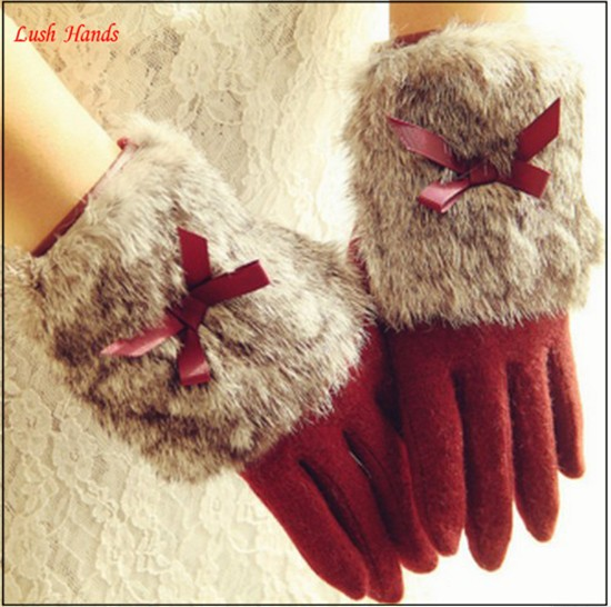 Hot selling ladies lovely woolen gloves with fur cuff