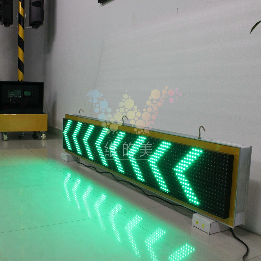 10 Years Factory Customized Traffic Display Outdoor Moving Sign LED Transport Screen