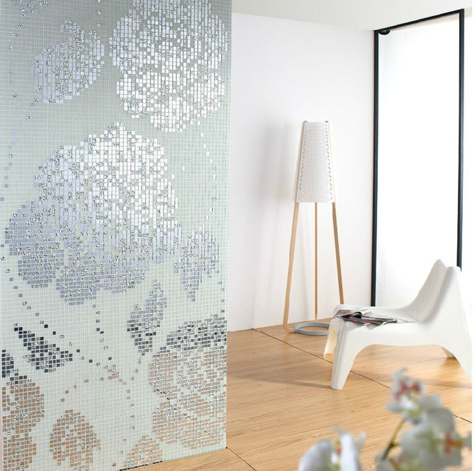 White And Silver Crystal Glass Mosaic Tiles Pattern Design