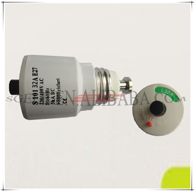 screw type automatic fuse circuit breaker 6A10A20A25A32A 3KA 250/415V SG101 S101 overload breaker fusible circuit breaker.