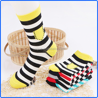 High quality mens cotton socks with pockets