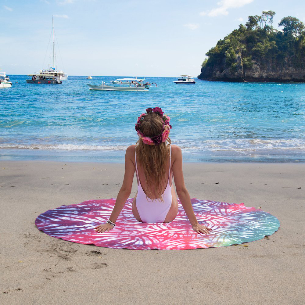 Apply to vacation traveling use 60 inch large size customized digital printing microfiber round beach towel