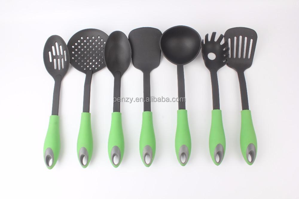 Utensilios de cocina de nylon de buena calidad utensilios for Kitchen utensils in spanish