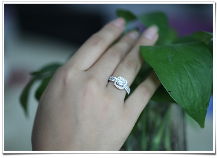 Wholesale Fashion Jewelry Latest Gold Finger Ring Designs White
