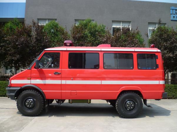 Supply LHD Diesel Long Wheelbase 4wd Icu Ambulance Vehicle