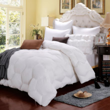Hotel use collection comforter and quilt