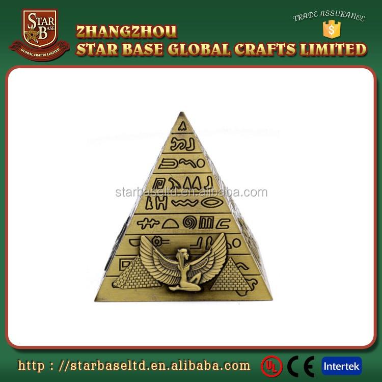 Piramit Yapı Heykeli Metal Mısır Piramitleri Heykelcik Buy Mısır