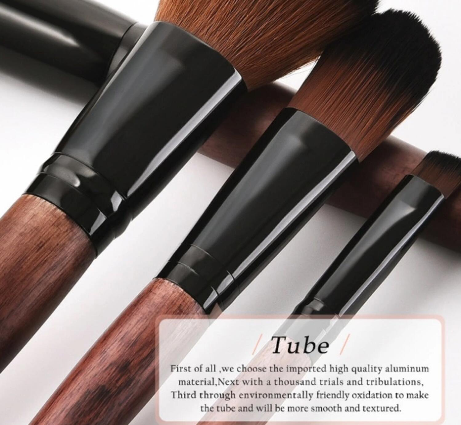 Sloping End Handle High Quality Makeup Brush Set 8pcs With Smoky Wood Color In Pouch