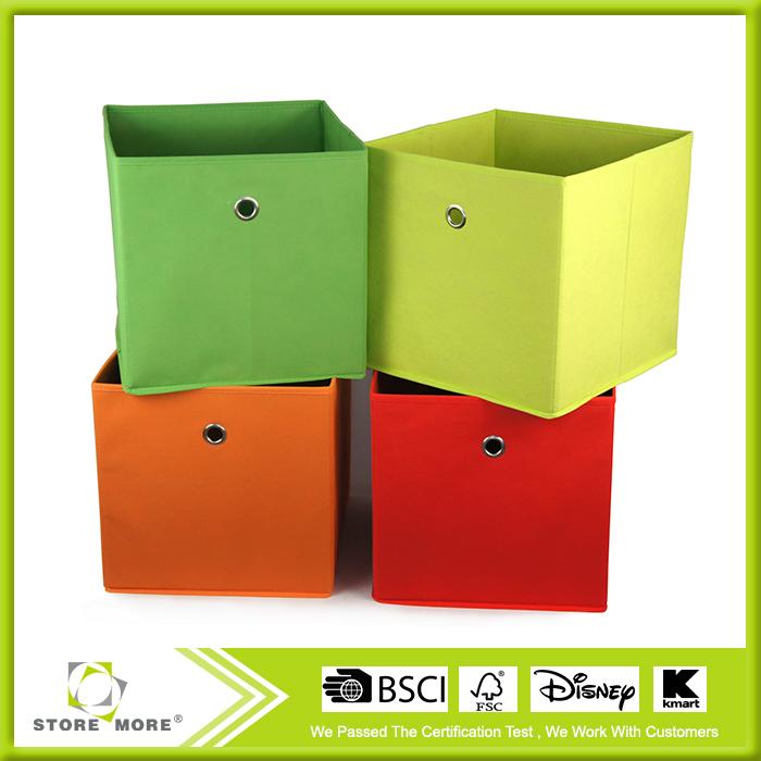 belle pliable tissu cube de rangement avec des jouets. Black Bedroom Furniture Sets. Home Design Ideas
