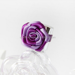 Making gift decorative wine bottle ribbon rose with elastic