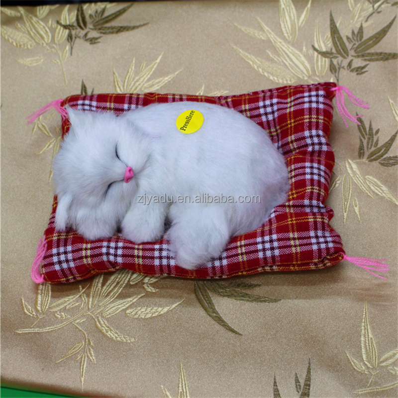 Fashion simulation animal toy cat nap will be called by pressed sleeping lucky cat toy