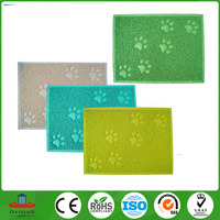 Soft Paw Print Shaped plastic pet products Vinyl bowl Mat