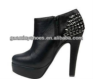 2013 Fashion Leather Women Boots