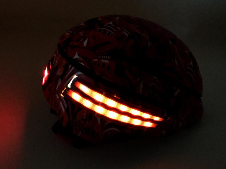 In-mold-progressive-smart-LED-bike-helmet