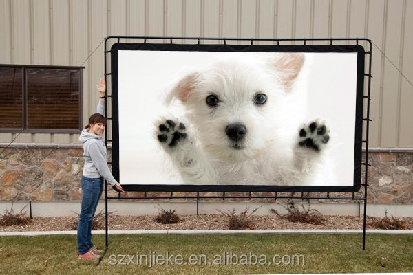 Outdoor portable fabric manual projector screen