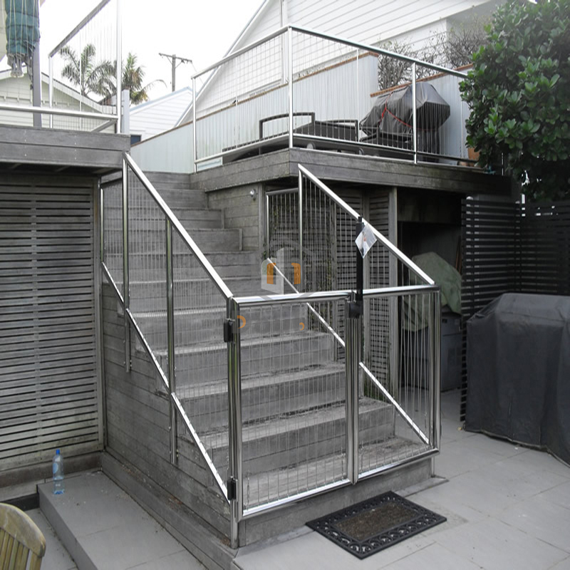 Metal Deck Fencing, Metal Deck Fencing Suppliers and Manufacturers ...