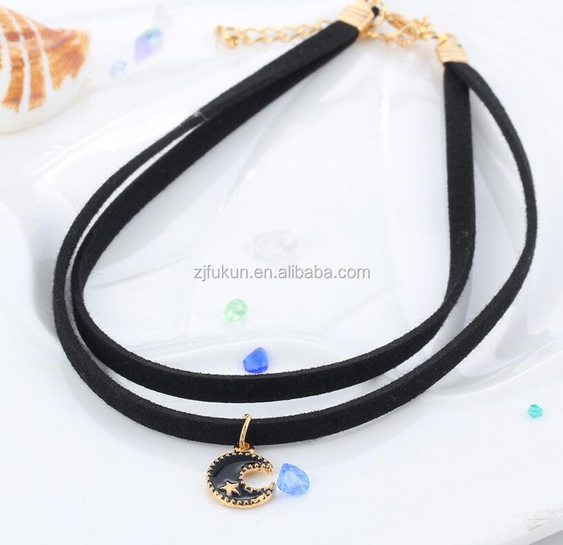 2 rows Leather moon pendant necklace hot sale new design moon pendant choker necklace