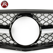 W204 Body Kit Auto Spare Parts Made in China W204 Front Grille