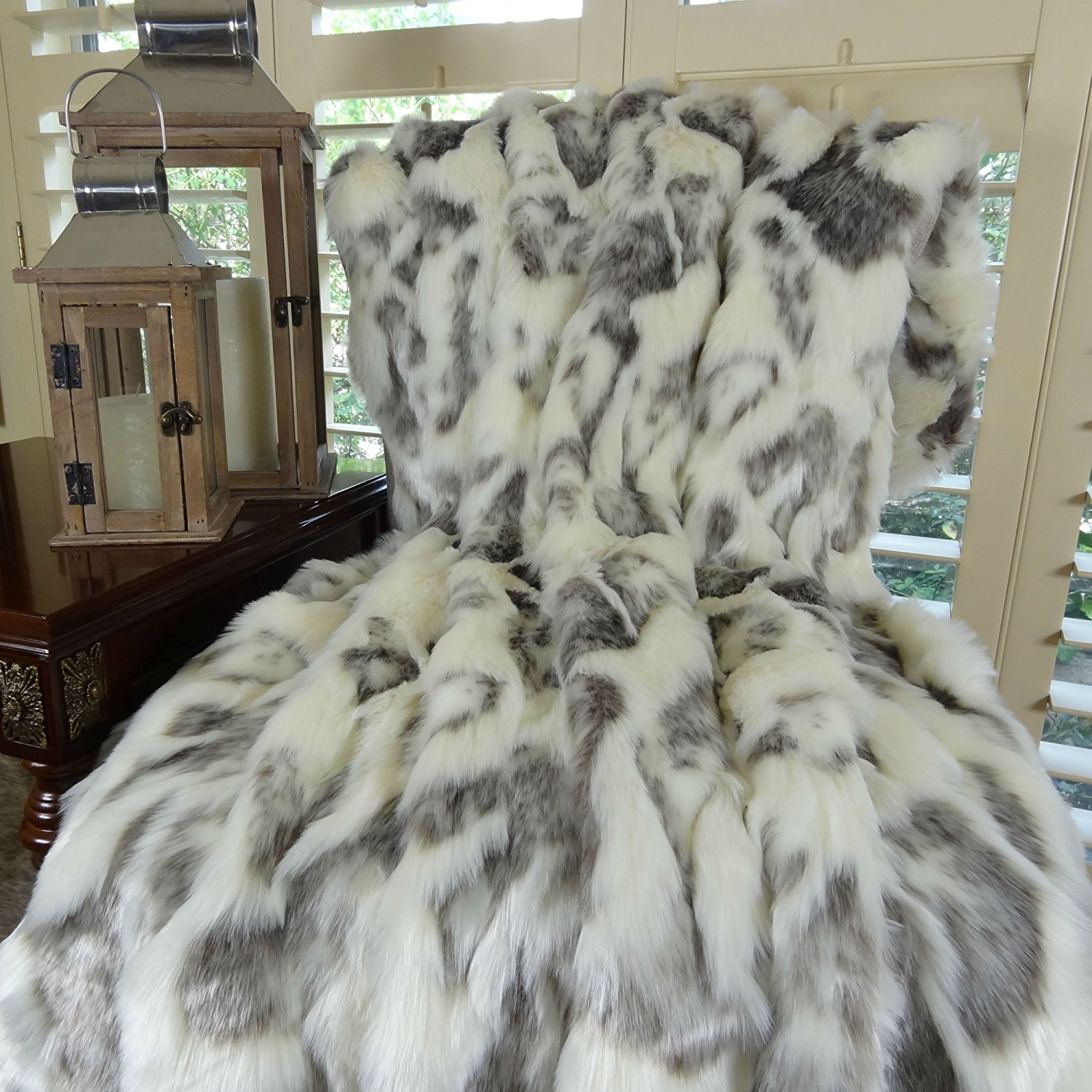 Thomas Collection Ivory Faux Fur Throw Blanket & Bedspread - Rabbit Faux Fur - Ivory Gray Luxury Faux Fur - Fur Throw Blanket - Luxury Soft Faux Fur, Made in US, 16428
