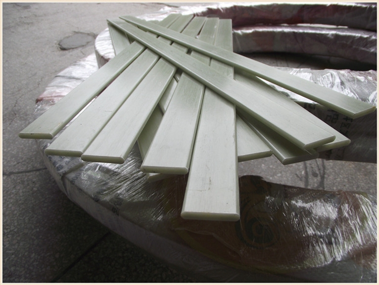 White Plastic Strip Steel Strip Fiberglass Products Frp