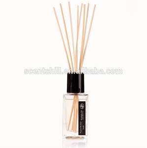 white glass bottle with rattan sticks Stylish air freshener 100ml Oil Fragrance Refill Reed aroma diffuser