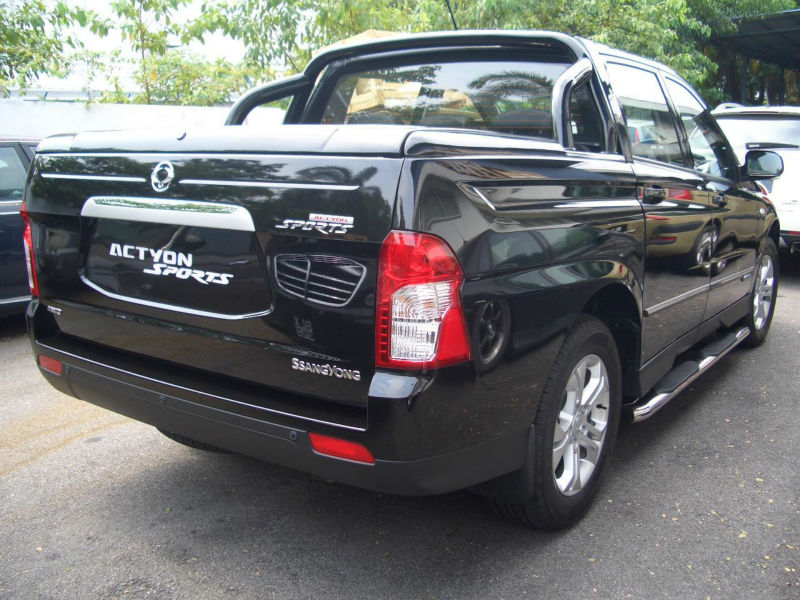 Bed Cover with Styling Bar for Ssangyong Actyon (Korando) Sport