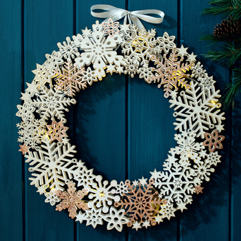 45cm battery operated indoor artificial white christmas wooden wreath garland with led lights christmas decoration - Battery Operated Christmas Garland