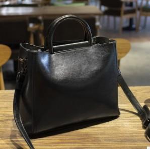 Модная женская сумка из натуральной кожи с цепочкой, маленькие размеры, женская сумка-мессенджер, дизайнерская брендовая известная Сумка-т...(Китай)