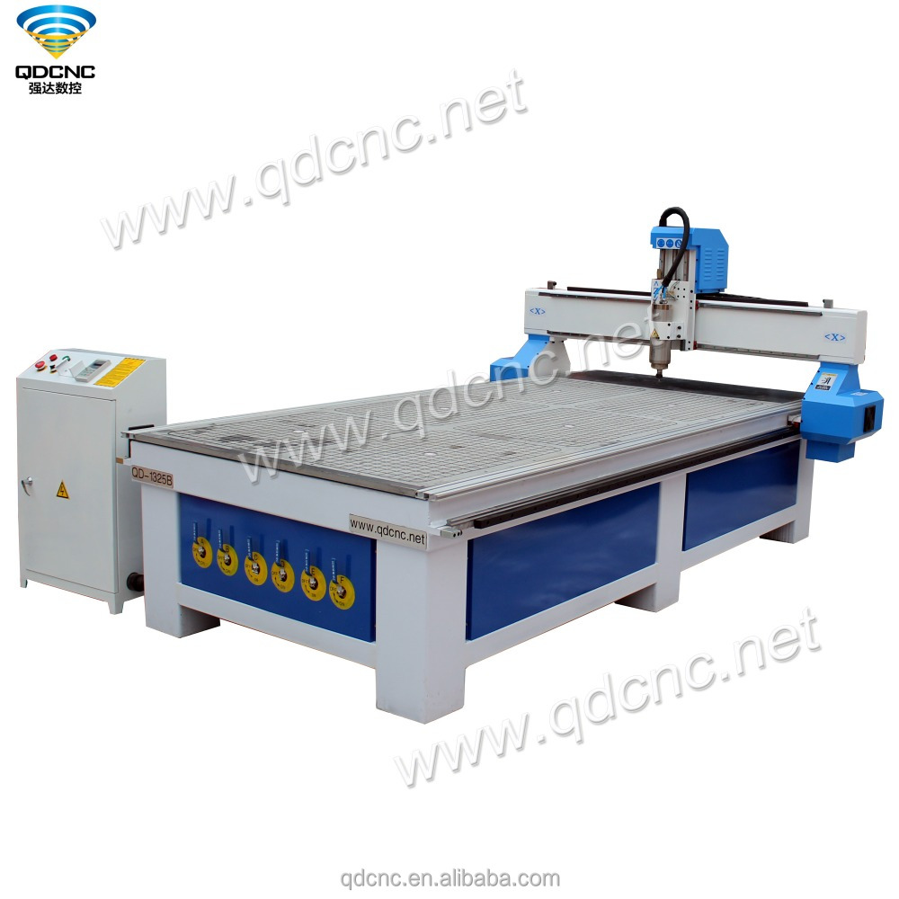 Good quality 1325 cnc woodworking router 2D 3D wood carving machine for wood door QD-1325B made in China