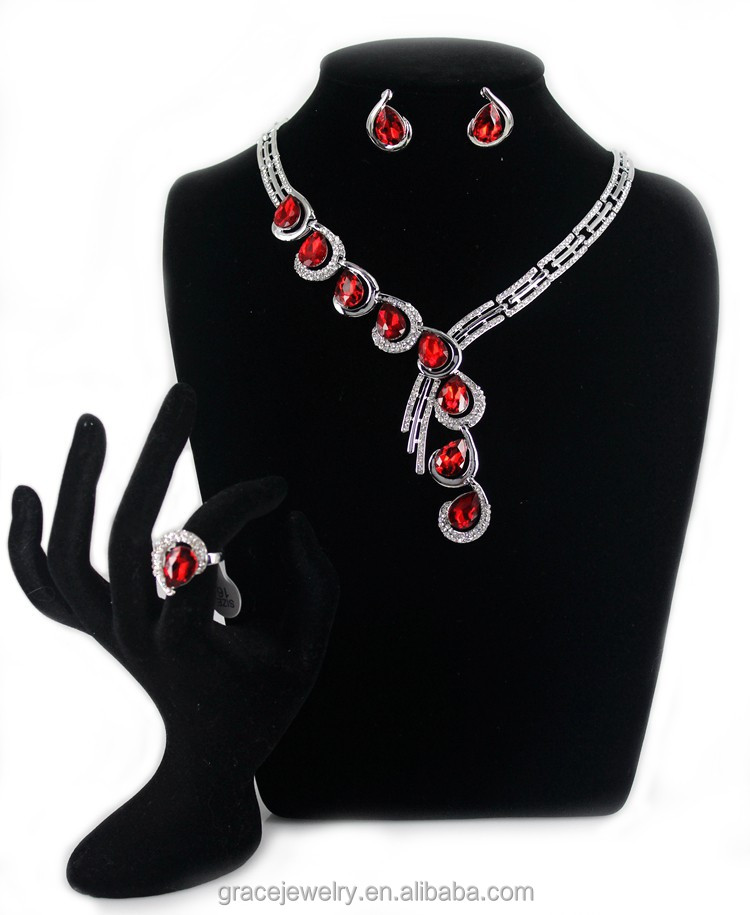 Elegant Asymmetric Teardrop Jewelry Set In Latest Design