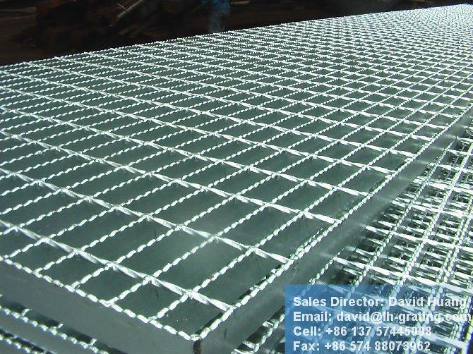 Galvanis chaud anti slip caillebotis en acier for Escalier galvanise prix