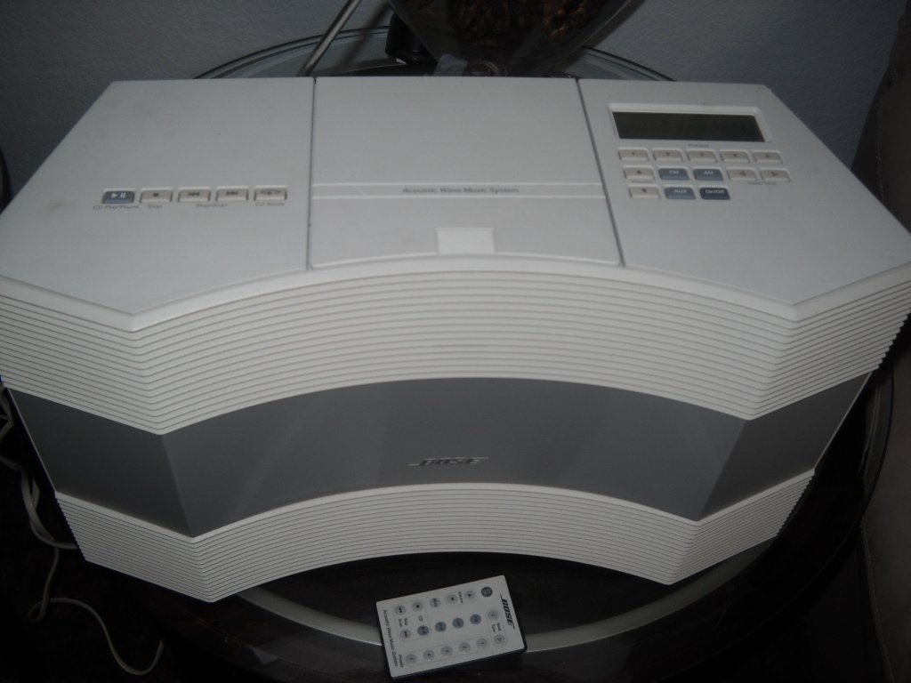 Bose Acoustic Wave Music System CD Player (CD3000)