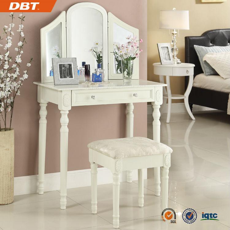 Houten goedkope dressing bureau spiegel meubels houten for Goedkope houten meubels