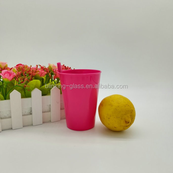 9oz Single wall plastic cups with straw