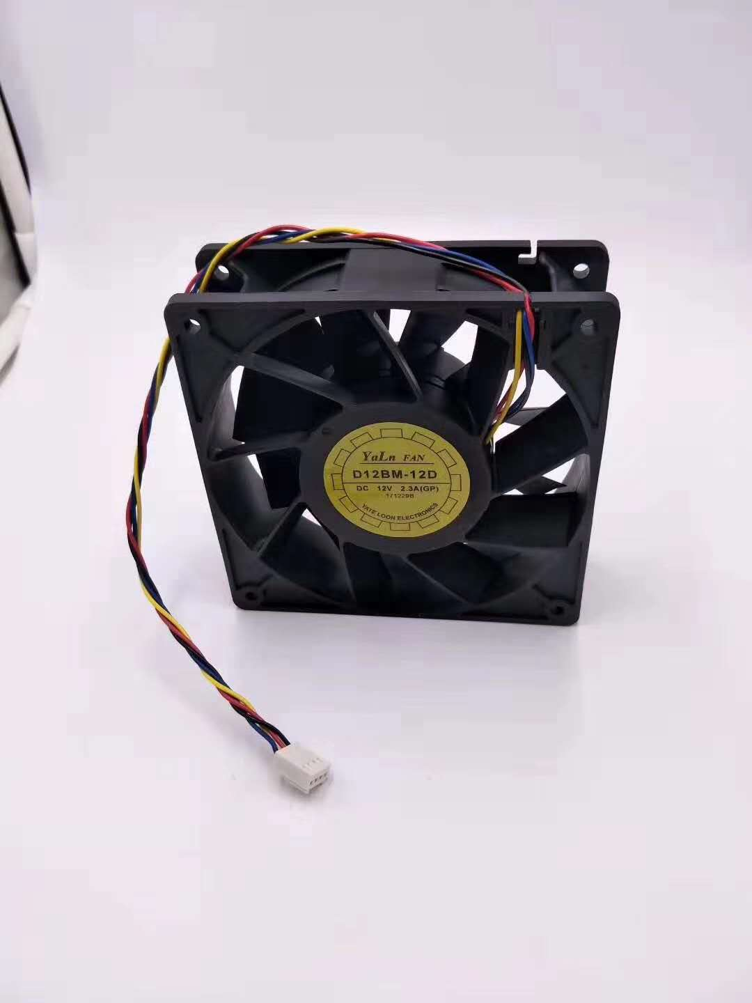 120mm PWM Case Fan Replacement for Antminer S3 S5 S5+ S7 S9 T9 L3+ 190CFM Dual Ball Bearing, 4-Wire 4-Pin Connector