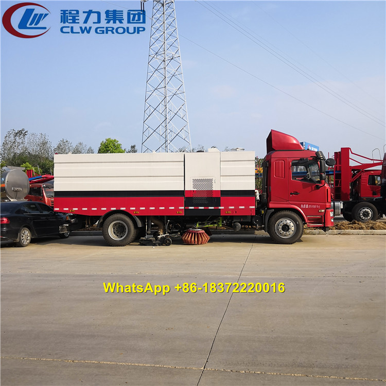 Famous CLW Group Shacman Chassis 15CBM City Avenue Vacuum Street Sweeper Truck