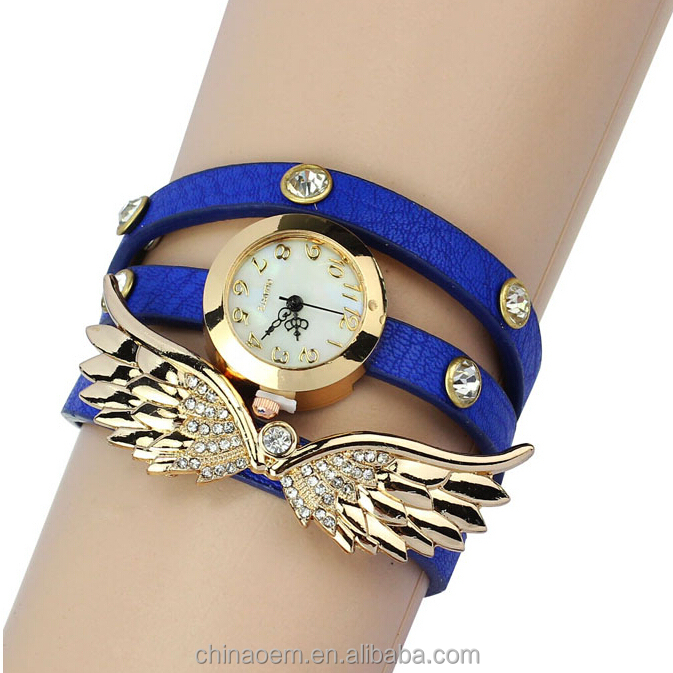 New Korean Women Bracelet Watch Three Tips Fancy Coloured Diamond Fashion S Clothing Leather Quartz Watches