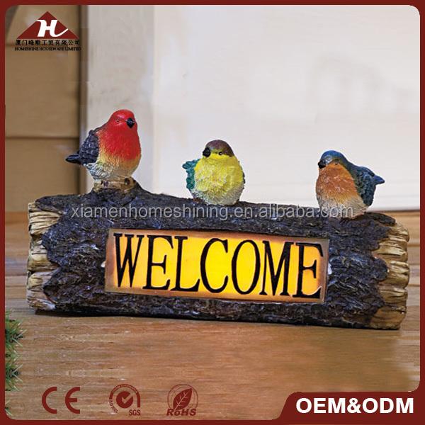 signo de bienvenida al diseño de pájaro encendido con energía solar