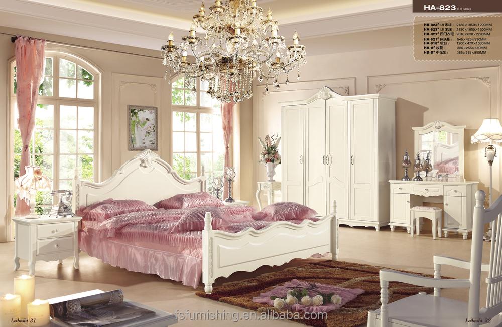 Letto matrimoniale barocco idee per il design della casa - Camera da letto in francese ...