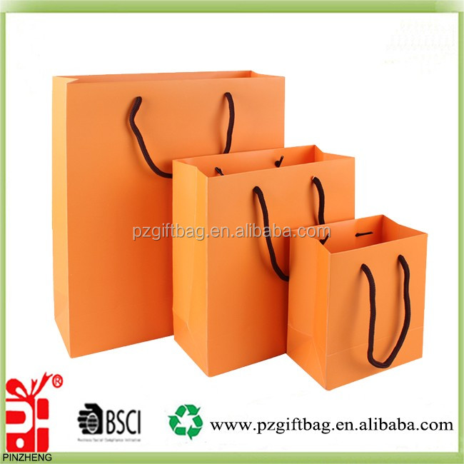 yiwu factory printed promotional paper bag with different sizes