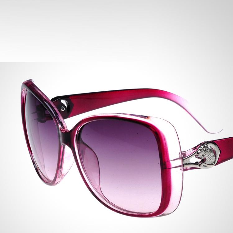 4575b13b2ec8 Get Quotations · 2015 uv protection hollow out big frog mirror black box  sunglasses fashion womens brand designer sunglasses