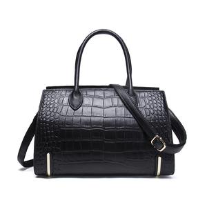 60ced91fa78e Genuine Leather Bag Custom