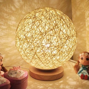 Battery/ USB Cheap Fancy Bedside Home Decoration Decorative Table Lamp Wood