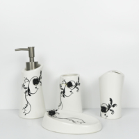 Best quality wholesale simply ceramic bathroom accessory royal bath set for gift