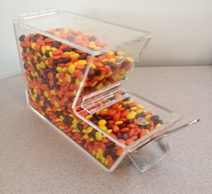 Topping Bin with Magnetic Hinged Lid clear storage containers snack containers