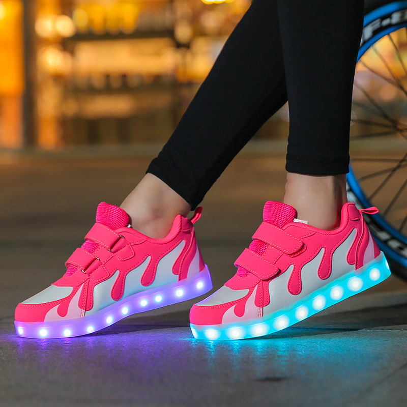 HFS1611new style young fashion flat children led shoes 2017
